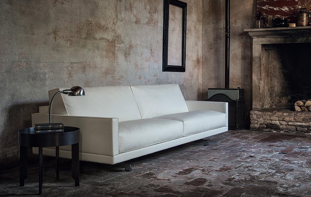 Vendita divani moderni milano rigolio arredamenti - Tappeti milano vendita ...